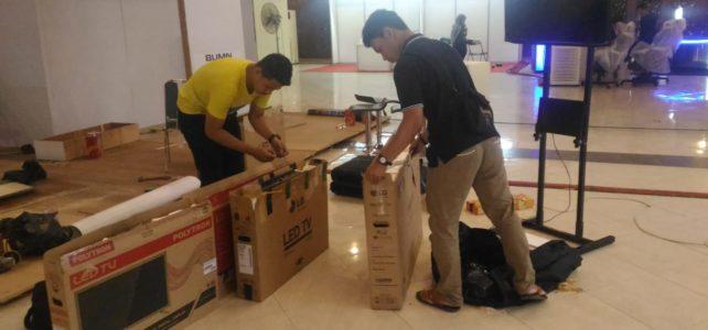 LED TV di UGM Yogyakarta